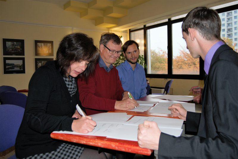 unterzeichnung-vereinbarung